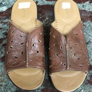 Easy Spirit Leather Brown Slide Sandals 7M